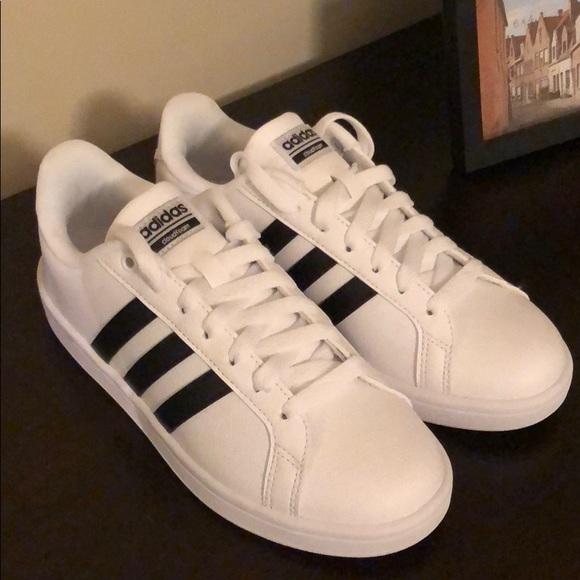 brand new 4ed97 76e88 adidas Shoes - Adidas Cloudfoam Advantage Stripe White Black 6.5